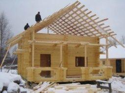 Какие недостатки скрывает в себе строительство деревянного дома?
