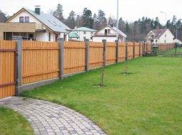 Как построить забор на даче?