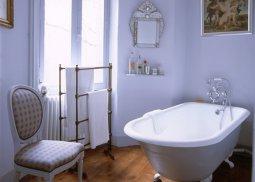 Как изменить интерьер ванной без ремонта?